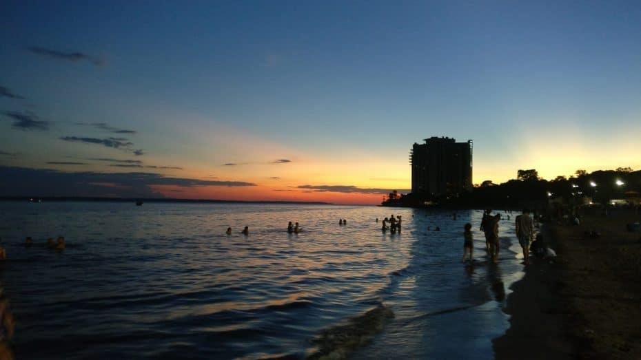 O que fazer em Manaus - Por do sol na Praia da Ponta Negra