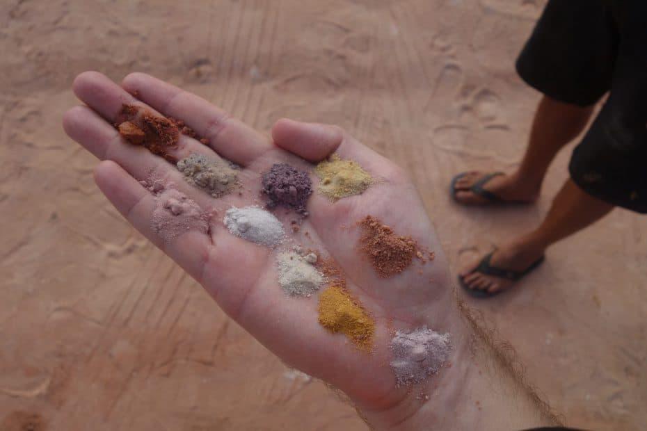 cores da falésia do Gunga