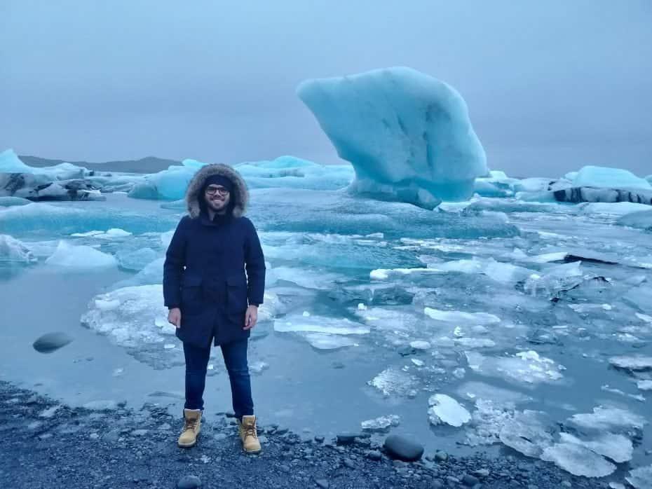 Glacial Jökulsárlón na Islândia próximo a Diamond Beach