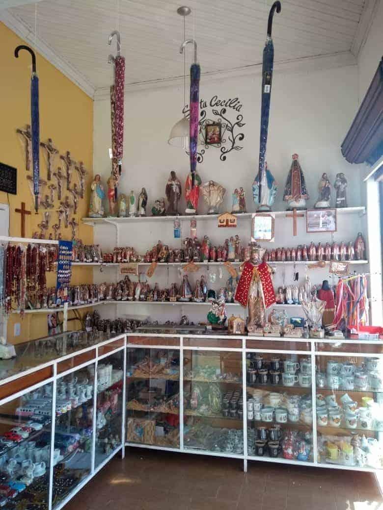 Loja Santa Cecilia , Cidade de Pirapora do Bom Jesus,SP, Foto: Cláudia Verissímo