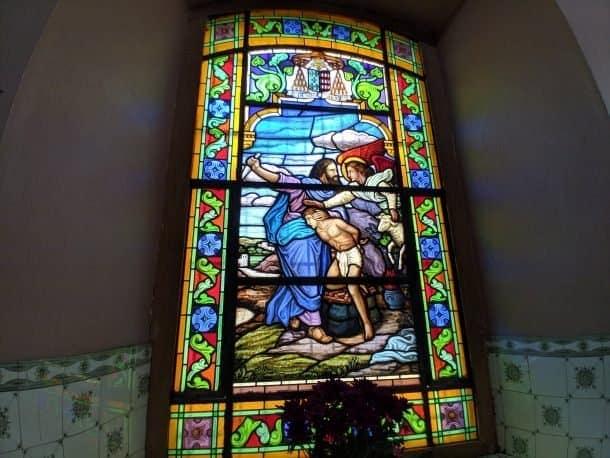 vitral colorido da Igreja Matriz, Pirapora do Bom Jesus, Foto: Paula Rocha