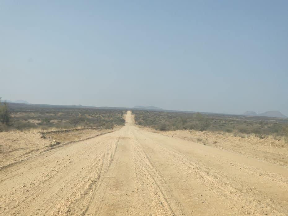 dirigindo na Namíbia