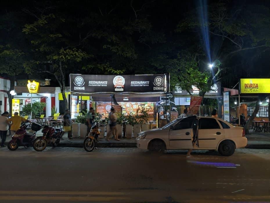 centro de Porto Seguro a noite