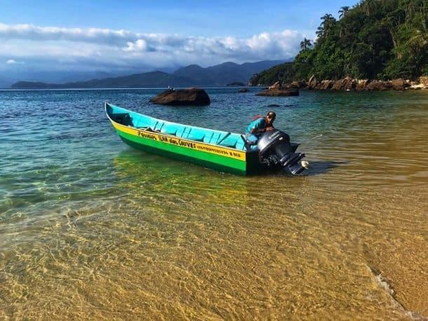 barqueiro Ilha das Couves