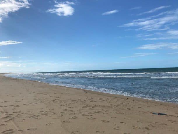 Praia do Coqueiro beira-mar