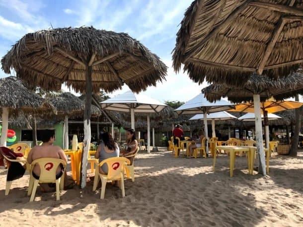 Onde comer Barraca do Pife na Praia do Coqueiro.