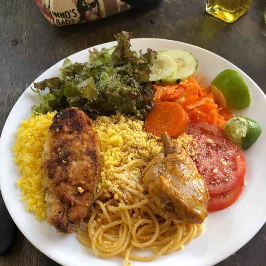 Onde comer barato em Fernando de Noronha