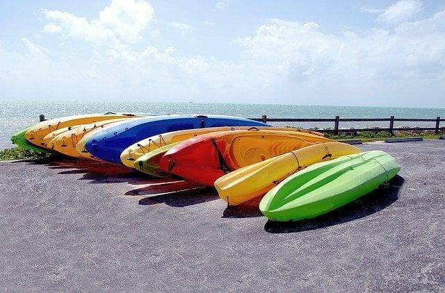 Praia do Pereque Ilhabela - caiaques