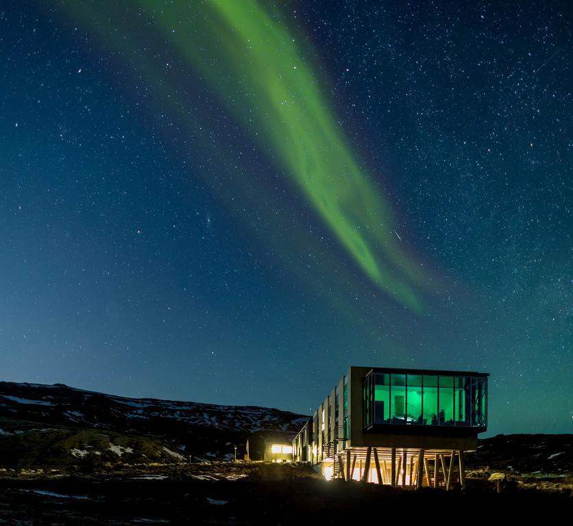 Hotel aurora boreal na Islândia.