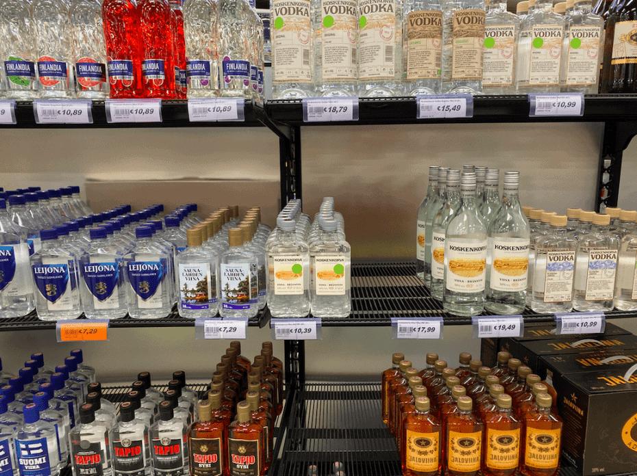 Comprar bebidas na Finlândia